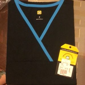 Brand new with tags wonderwink Charlie scrub top